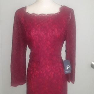 Gorgeous Adrianna Papell Burgundy Lace Dress